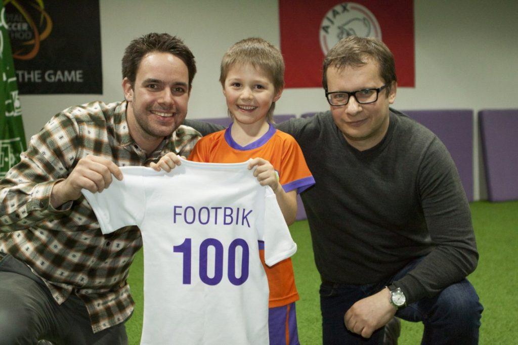 Игрок #100 футбольного клуба Footbik