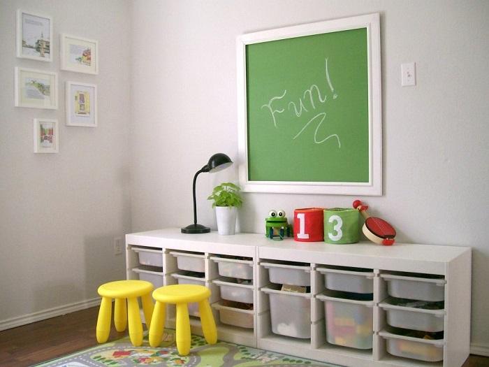 Дитяча дошка для малювання крейдою