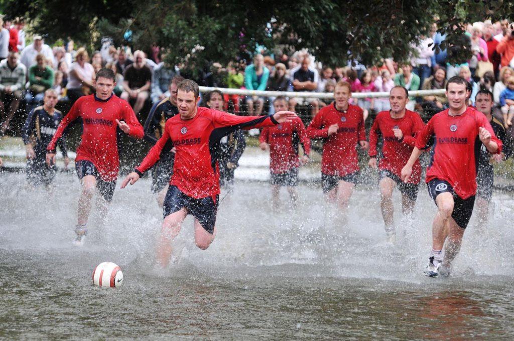 Річковий футбол - різновиди футболу