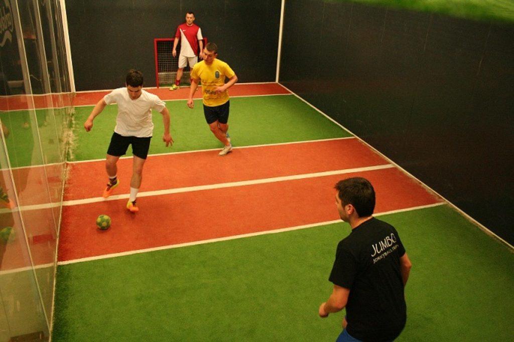 Різновиди футболу: джоркібол
