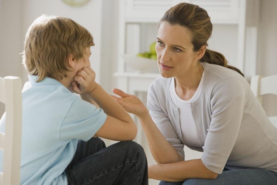 Как научить малыша осознавать плохое поведение