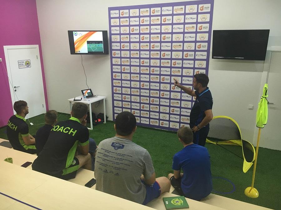 Марк провел тренинги для тренеров Футбик в Киеве