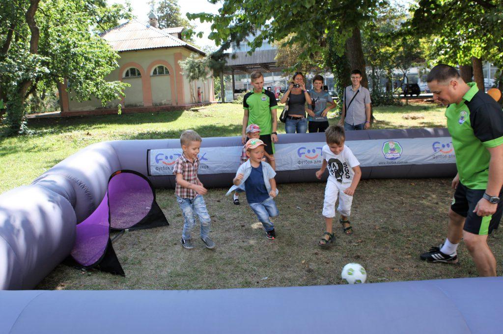 Футбик на фестивале Детки