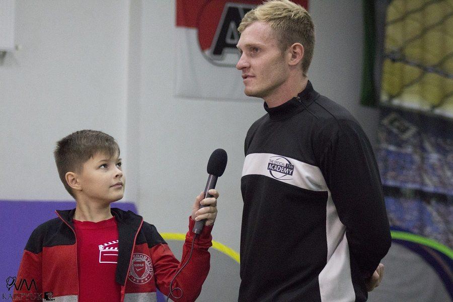 Программа «Дети в городе» в гостях у Футбик и Мастер мяча